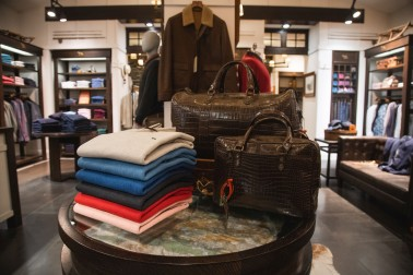 Rodd & Gunn leather bags and sweaters