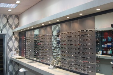 Eye glasses display