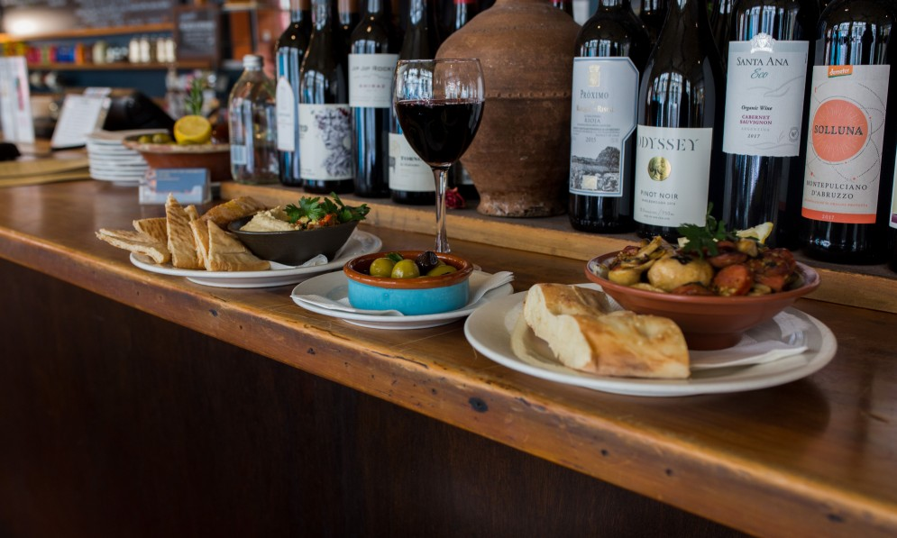 Bar tapas and wines