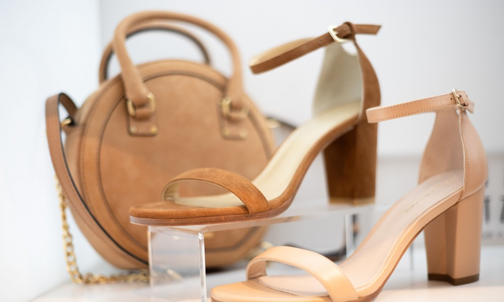 Scarpa leather heels and bags