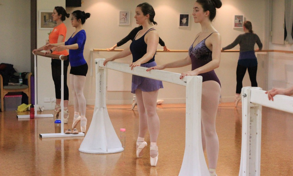 Dancers on pointe